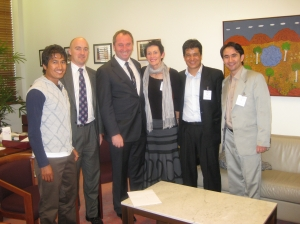 Australian Hazara delegation called on Senators on target killing.